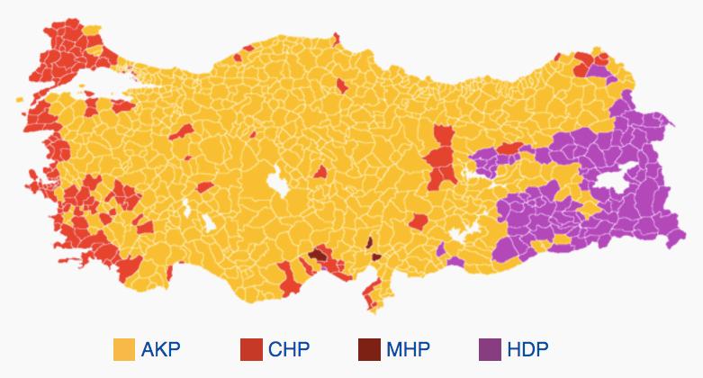 Resultat från turkiska valet november 2015. HDP är det prokurdiska vänsterpartiet och AKP är partiet som just nu leder offensiven mot kurderna i Bakur.