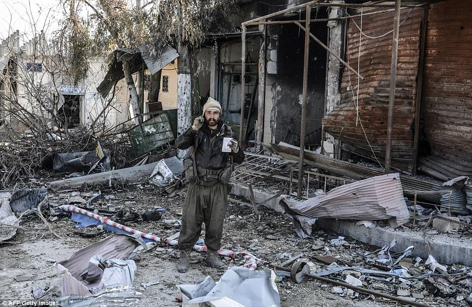 Idag, 25 januari 2016, är det exakt ett år sedan YPG och YPJ tog tillbaks staden Kobane från ISIS.